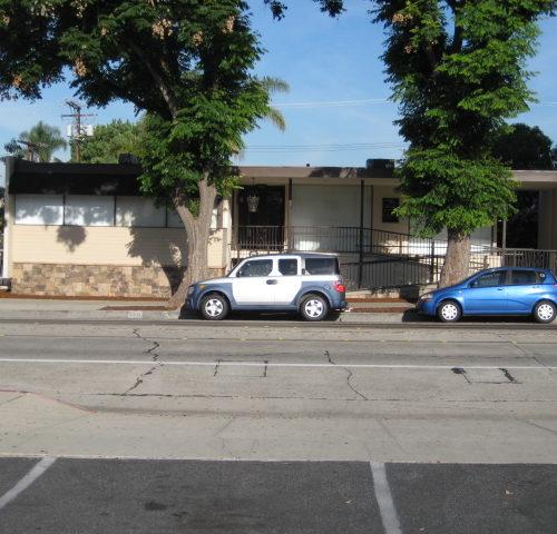 6331 Greenleaf  Avenue