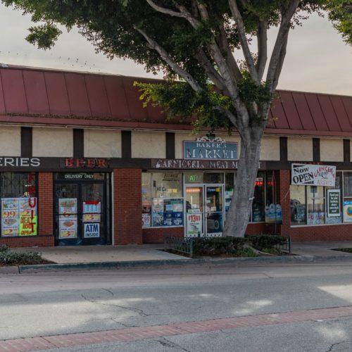 Baker's Liquor Market